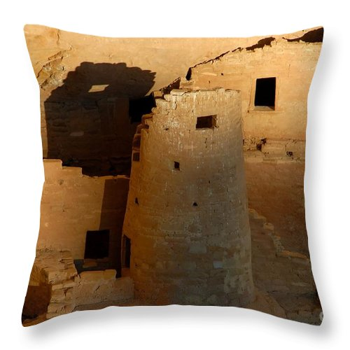 Anasazi Throw Pillow featuring the photograph Home Of The Anasazi by David Lee Thompson