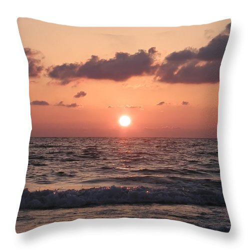 Honeymoon Island Throw Pillow featuring the photograph Honey Moon Island Sunset by Bill Cannon