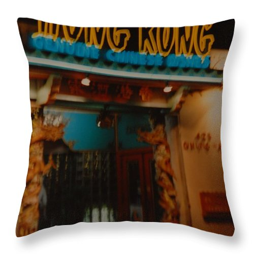 Los Angeles Throw Pillow featuring the photograph Hong Kong by Rob Hans