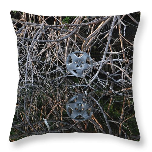 Hub Cap Throw Pillow featuring the photograph Hub In Reflection by Rob Hans