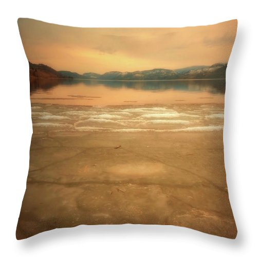 Mounatins Throw Pillow featuring the photograph Icy Sunset by Tara Turner