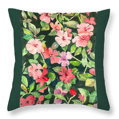 Impatiens Throw Pillow featuring the painting Impatiens by Arline Wagner