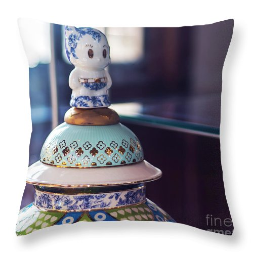 Victoria And Albert Museum Throw Pillow featuring the photograph In London Museums 15 by Alex Art and Photo
