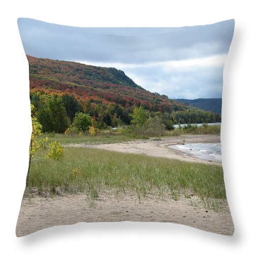 Beach Throw Pillow featuring the photograph Independence by Kelly Mezzapelle