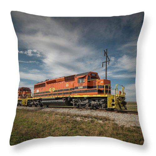 Train Throw Pillow featuring the photograph Indiana Southern Railroad Locomotives At Edwardsport Indina by Jim Pearson