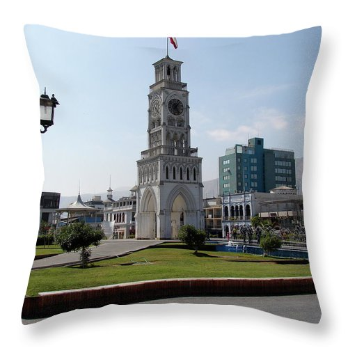 Iquique Throw Pillow featuring the photograph Iquique Chile Plaza by Brett Winn