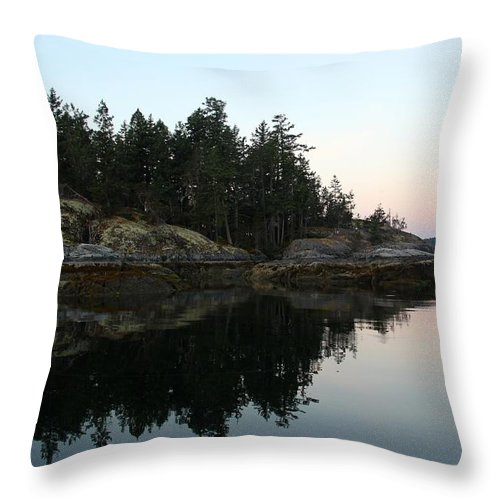 Island Throw Pillow featuring the photograph Island Evening by Anders Skogman
