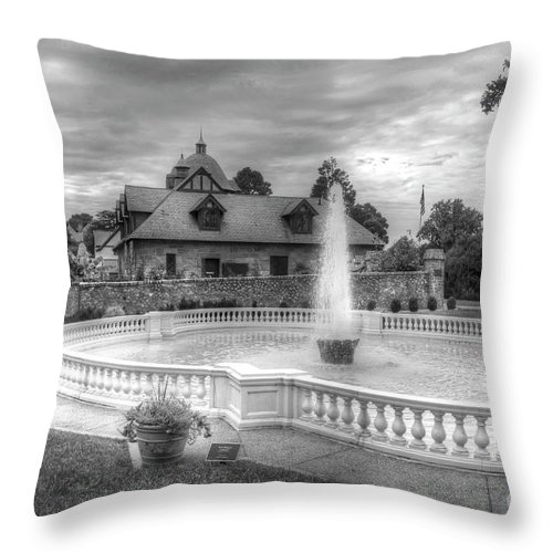 Maymont Park Italian Fountain Entrance Virginia Black And White Throw Pillow featuring the photograph Italian Fountain Maymont B And W by Karen Jorstad