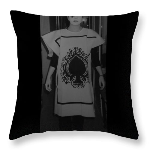 Ace Of Spades Throw Pillow featuring the photograph Jen Of Spades by Rob Hans