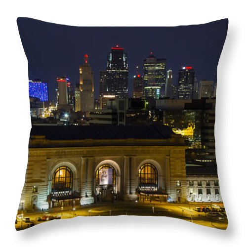 Union Station Throw Pillow featuring the photograph Night At Union Station by Carolyn Fox