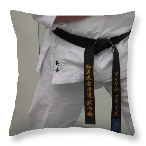 Karate Throw Pillow featuring the photograph Kata by Kelly Mezzapelle