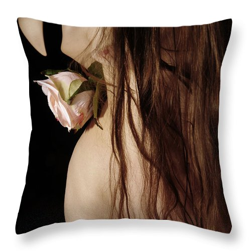 Female Nude Abstract Mirrors Flowers Throw Pillow featuring the photograph Kazi0802 by Henry Butz
