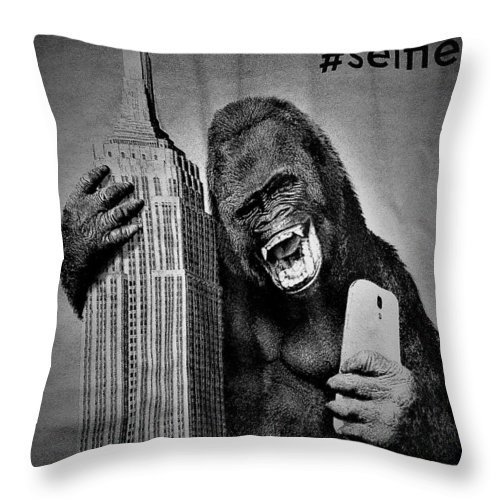 Architecture Throw Pillow featuring the photograph King Kong Selfie B W by Rob Hans