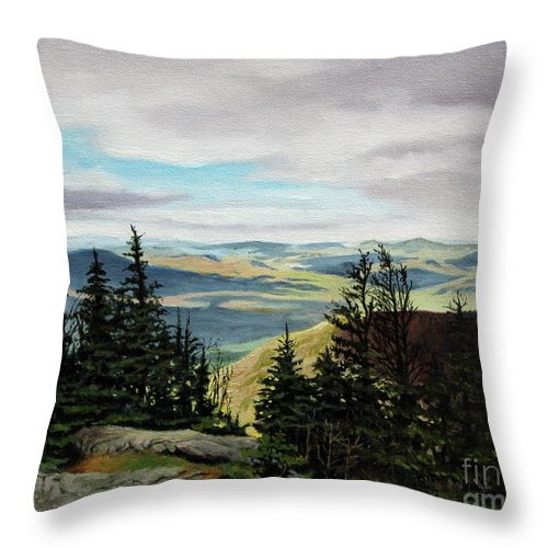 New Hampshire Throw Pillow featuring the painting Kings Ravine by Paul Walsh