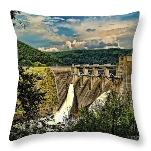 Kinzua Dam In Warren Throw Pillow featuring the photograph Kinzua Dam by Gaby Swanson