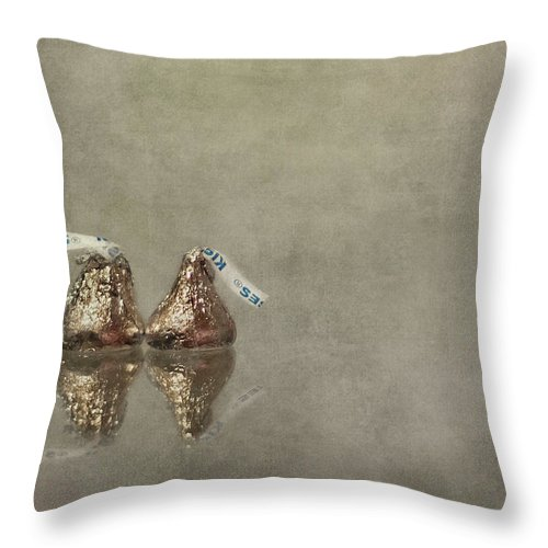 Kiss Throw Pillow featuring the photograph Kisses by Evelina Kremsdorf
