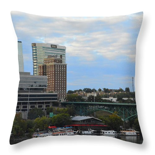 Landscape Throw Pillow featuring the photograph Knoxville by Alyssa Faulkner