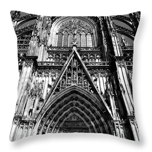 Cathedral Throw Pillow featuring the photograph Koln - Dom by Noah Cole
