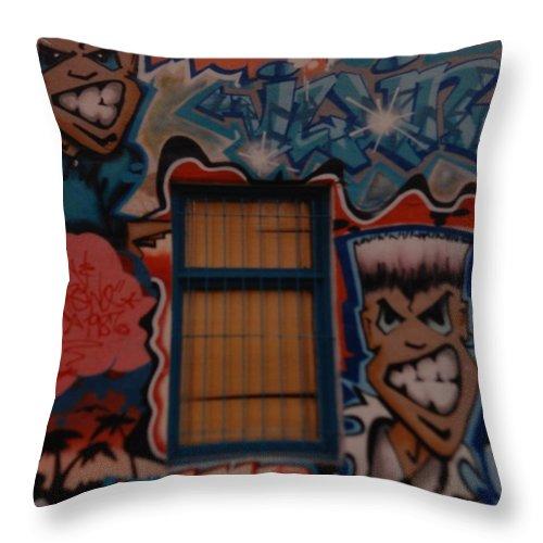 Urban Throw Pillow featuring the photograph L A Urban Art by Rob Hans