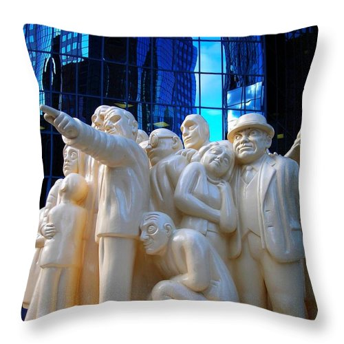 North America Throw Pillow featuring the photograph La Foule Illuminee by Juergen Weiss