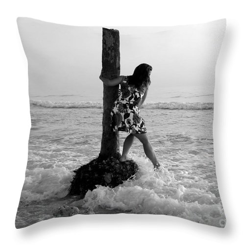 Beach Throw Pillow featuring the photograph Lady In The Surf by David Lee Thompson