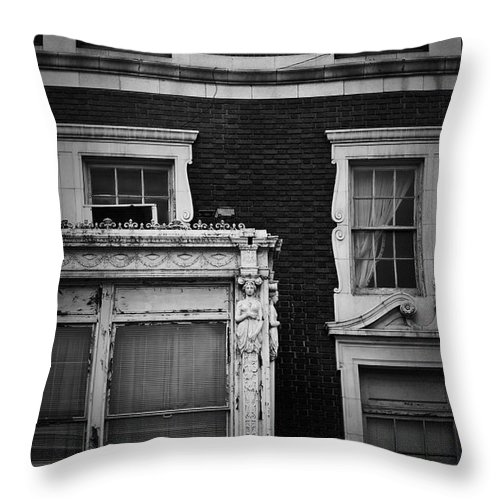 Roanoke Throw Pillow featuring the photograph Lady Of The Patrick Henry Hotel Roanoke Virginia by Teresa Mucha