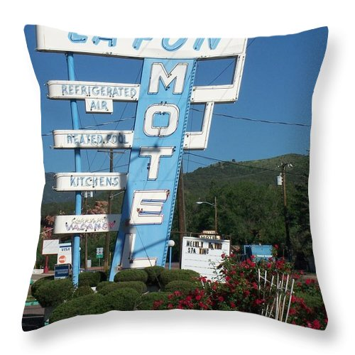 Vintage Motel Signs Throw Pillow featuring the photograph Lafon Motel by Anita Burgermeister