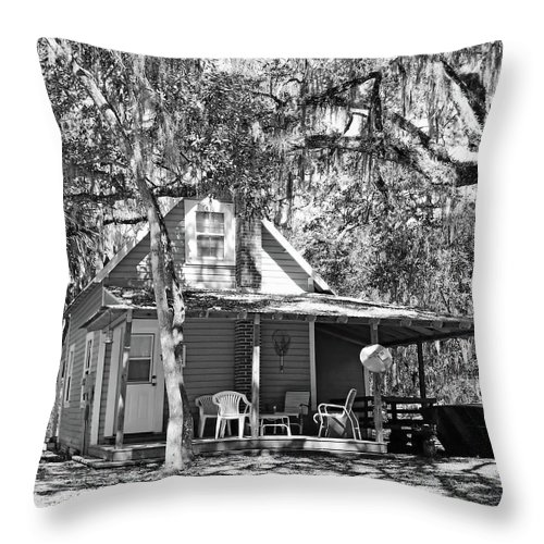 Southern Throw Pillow featuring the photograph Lake House Black And White by D Hackett
