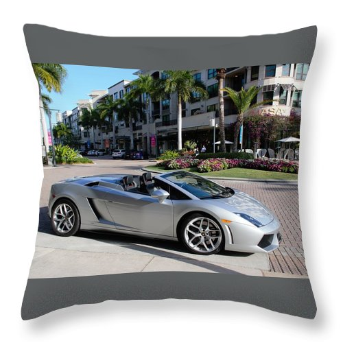 Lamborghini Gallardo Lp560 Throw Pillow featuring the photograph Lamborghini Gallardo Lp560 by Don Columbus