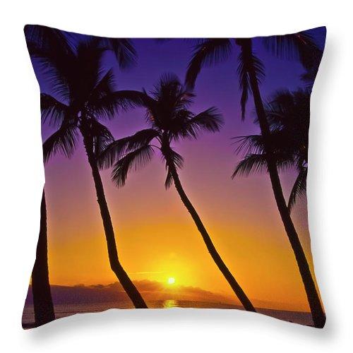 Sunset Throw Pillow featuring the photograph Launiupoko Sunset by Jim Cazel