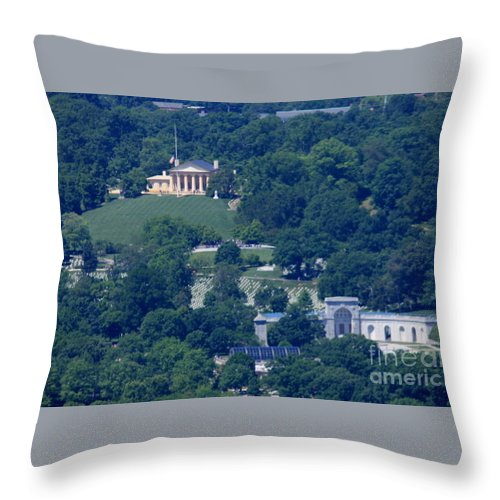 Lee Mansion Throw Pillow featuring the photograph Lee Mansion by William Rogers