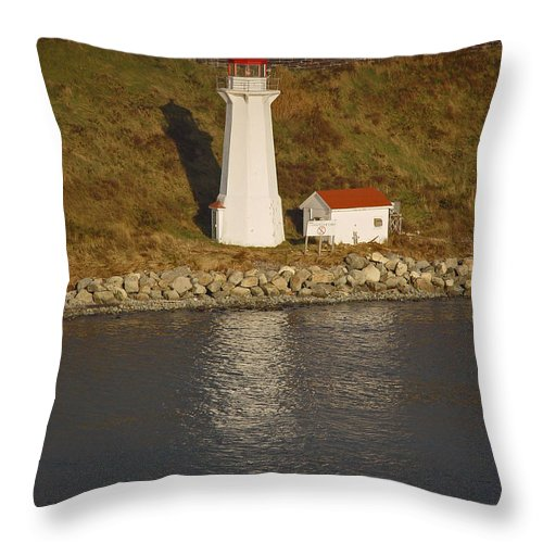 Lighthouse Throw Pillow featuring the photograph Lighthouse In Maine by Heather Coen