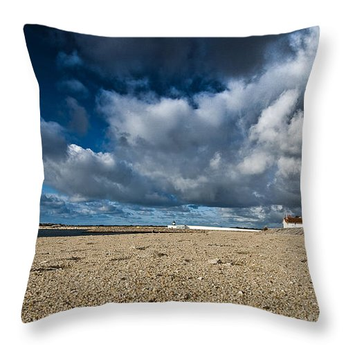 Lighthouse Throw Pillow featuring the photograph Lighthouse by Nelson Mineiro