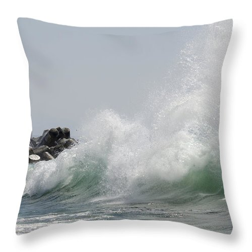 Wave Throw Pillow featuring the photograph Lighthouse With Wave by Bruce Frye