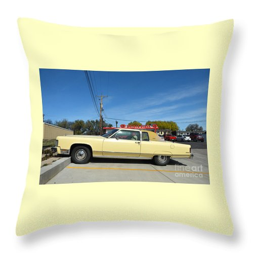 Lincoln Continental Throw Pillow featuring the photograph Lincoln Continental At Brint's Diner by Catherine Sherman