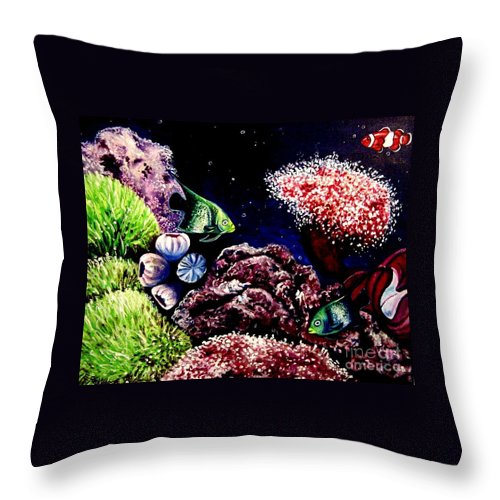 Fish Throw Pillow featuring the painting Lindsay's Aquarium by Elizabeth Robinette Tyndall