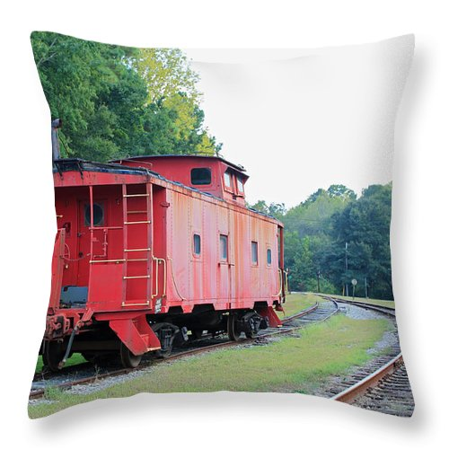 Red Throw Pillow featuring the photograph Little Red Caboose by Suzanne Gaff