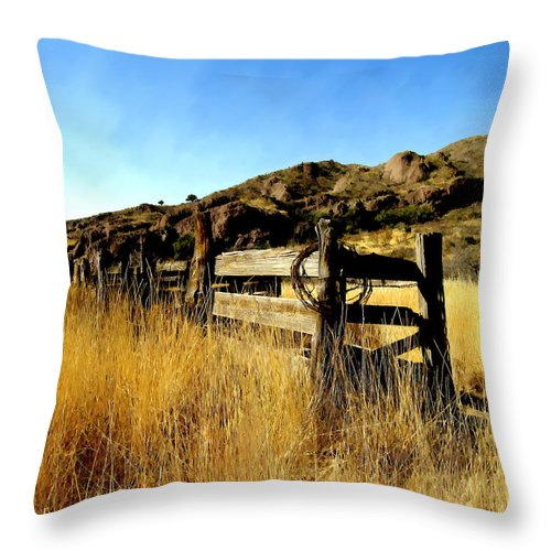Southwestern Throw Pillow featuring the photograph Livery Fence At Dripping Springs by Kurt Van Wagner