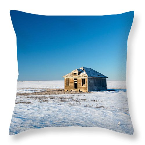 Snow Throw Pillow featuring the photograph Lonely Place by Todd Klassy