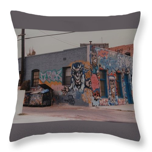 Urban Throw Pillow featuring the photograph Los Angeles Urban Art by Rob Hans