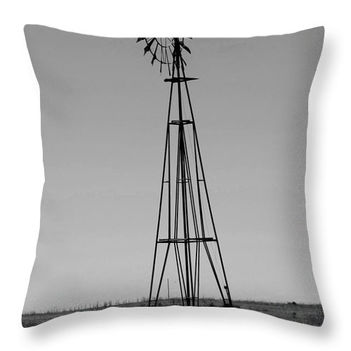 Sante Fe Trail Throw Pillow featuring the photograph Lost Breeze by Tommy Anderson