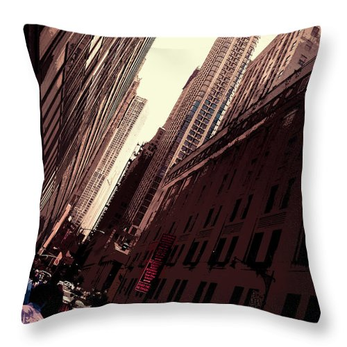 New Throw Pillow featuring the photograph Lower Manhattan by Riobom Santos