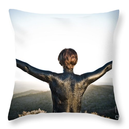 Early Sunset Throw Pillow featuring the photograph Majestic Wave by Scott Sawyer