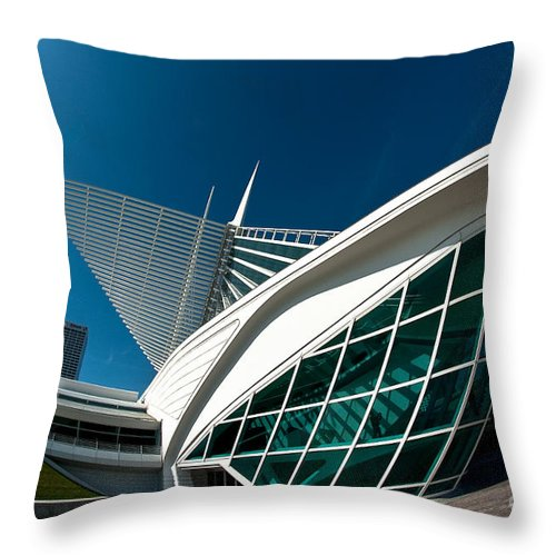 Milwaukee Throw Pillow featuring the photograph Mam Angle by Steven Dunn