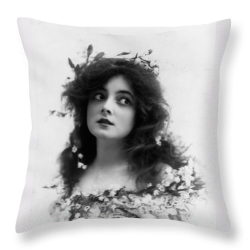Marie Doro Actress Sexy Erotic Female Woman Girl Beauty Hollywood Silent Black White Bw Vintage Throw Pillow featuring the photograph Marie Doro 1902 by Steve K