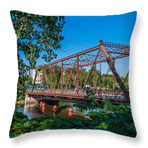 Merriam Street Bridge; Bridge; St. Anthony Riverplace; Minneapolis Throw Pillow featuring the photograph Merriam Street Bridge by Lonnie Paulson