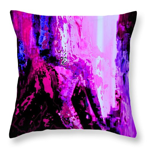 Pietyz Pietyz Abstractz Artz World Throw Pillow featuring the painting Mesmerised 2 by Piety Dsilva