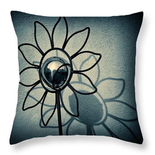 Sunflower Throw Pillow featuring the photograph Metal Flower by Dave Bowman
