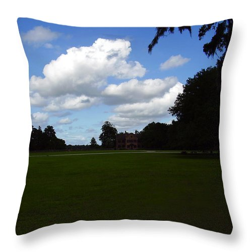 Middleton Place Throw Pillow featuring the photograph Middleton Place by Flavia Westerwelle