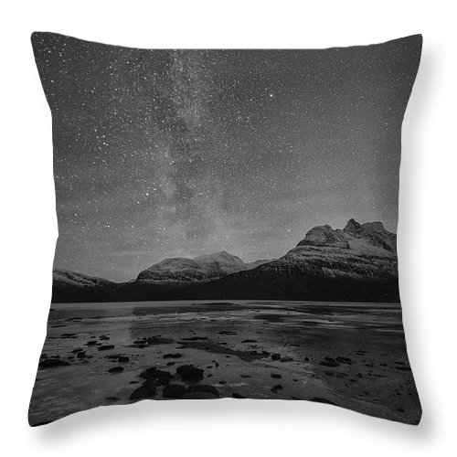 Milkyway Throw Pillow featuring the photograph Milky Way by Ronny Aarbekk